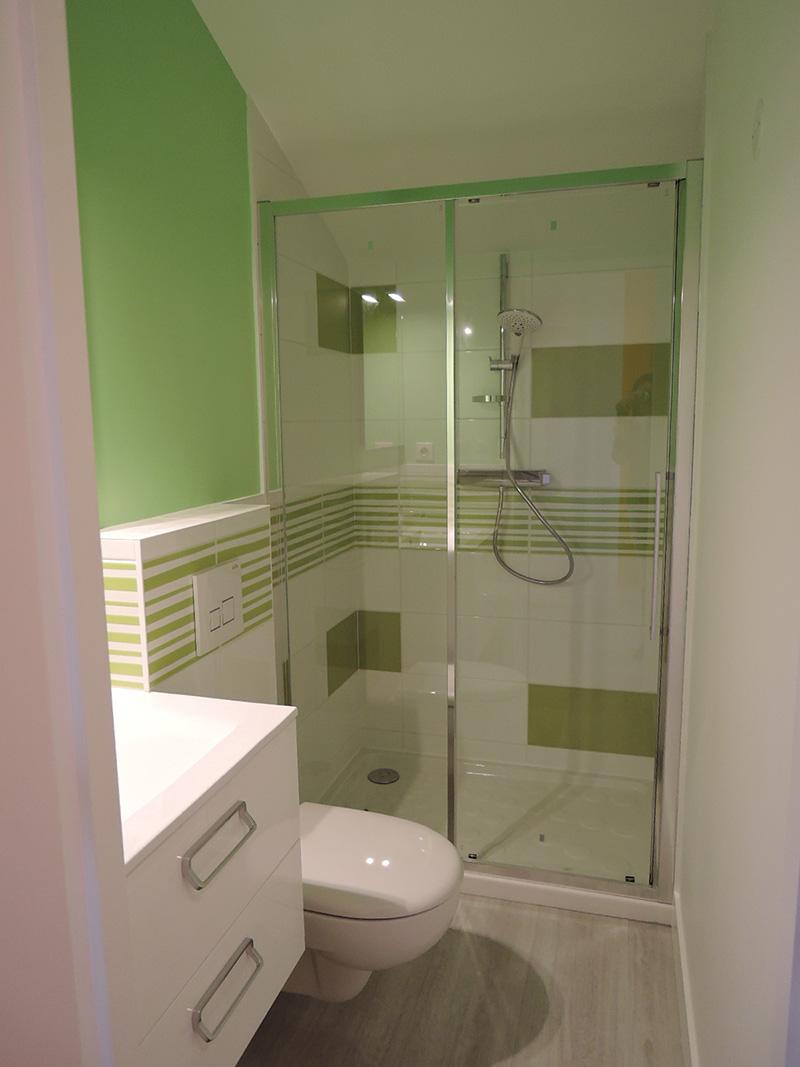 Salle de bain fauchard sanitaire chauffage lectricit for Plomberie salle de bain au sous sol